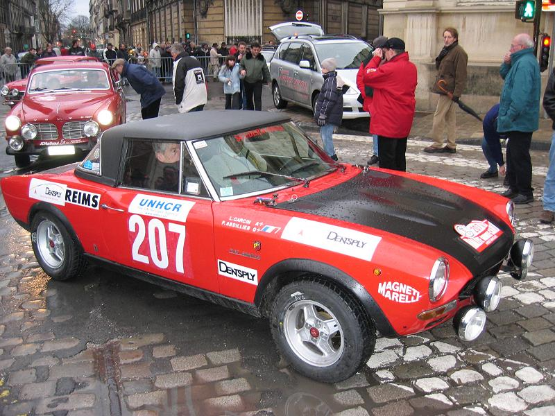 http://mgcf.free.fr/course/montecarlo2004/reims/135_3577_Fiat124Abarth_n207_800x600.jpg